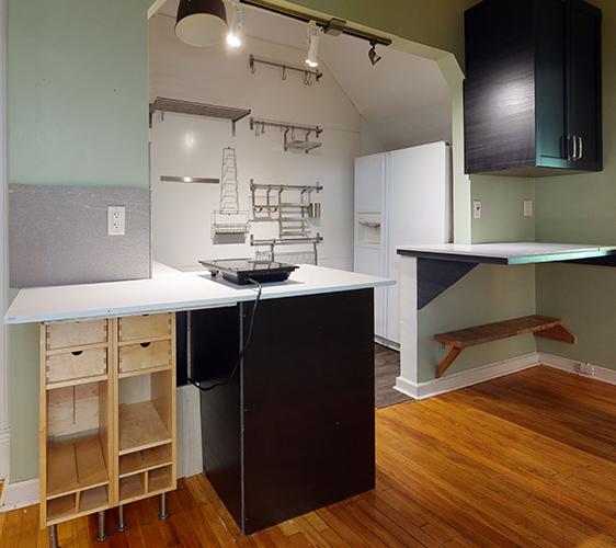 1409-5th-ST-SE-1-Kitchen.jpg