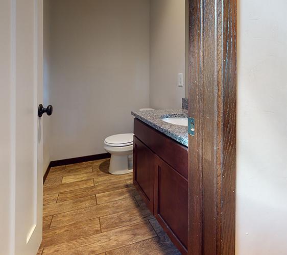 1101-17th-Ave-SE-Bathroom(2).jpg