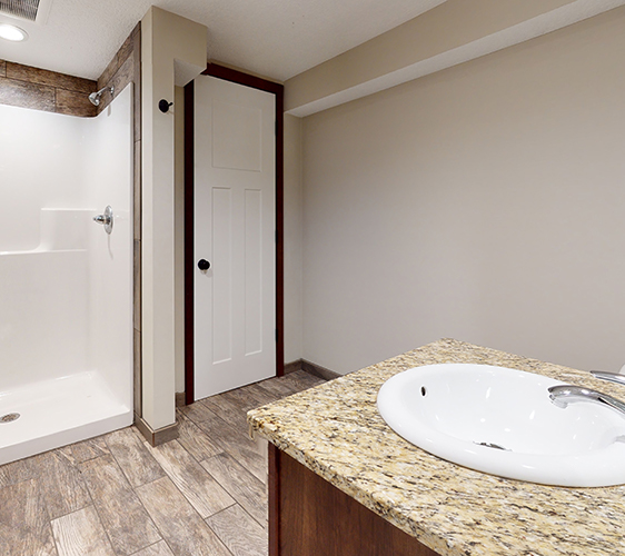 876-19th-Ave-SE-Bathroom(1).jpg