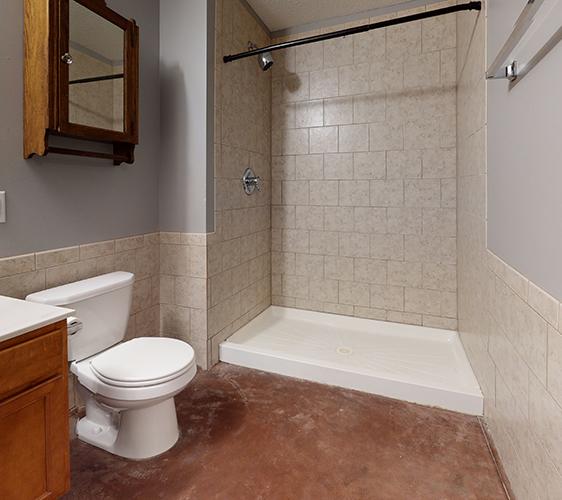 1015-7th-St-SE-2-Bathroom(1) Cropped.jpg