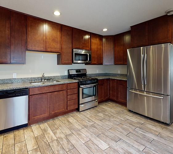 1105-6th-St-Kitchen.jpg