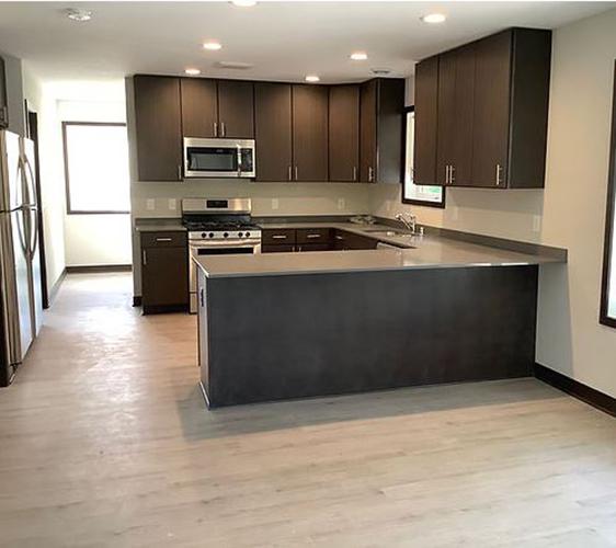 879 23rd Ave SE Kitchen 2.jpg