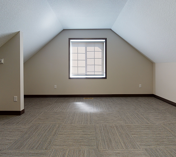 607-12th-Ave-SE-2-Unfurnished.png