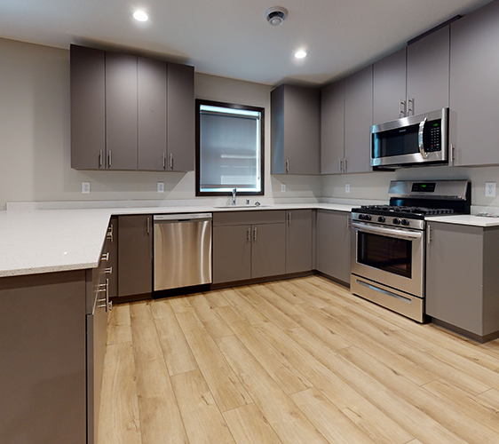 607-12th-Ave-SE-2-Kitchen.png
