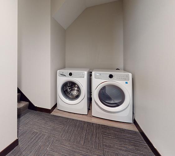 505-8th-Unit-4-Laundry.jpg