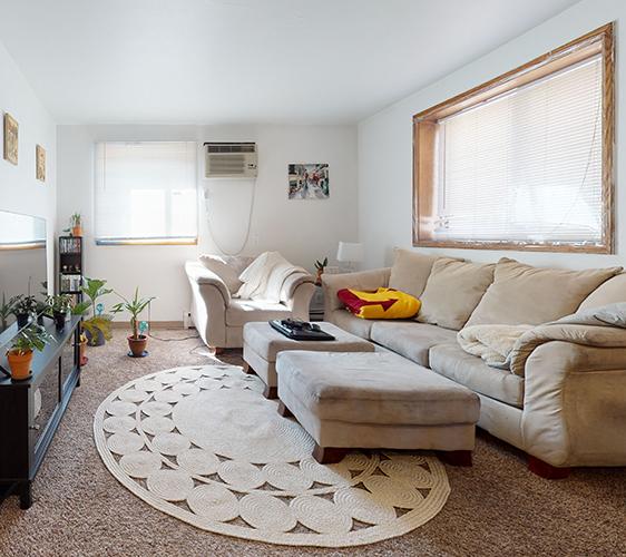 514-14th-Ave-SE-2BR-Living-Room.jpg