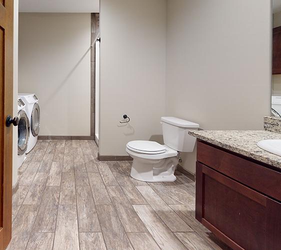1208-Como-Ave-1-Bathroom(1).png