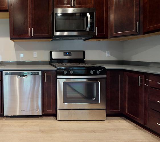 959-17th-Ave-SE-1-Kitchen.jpg