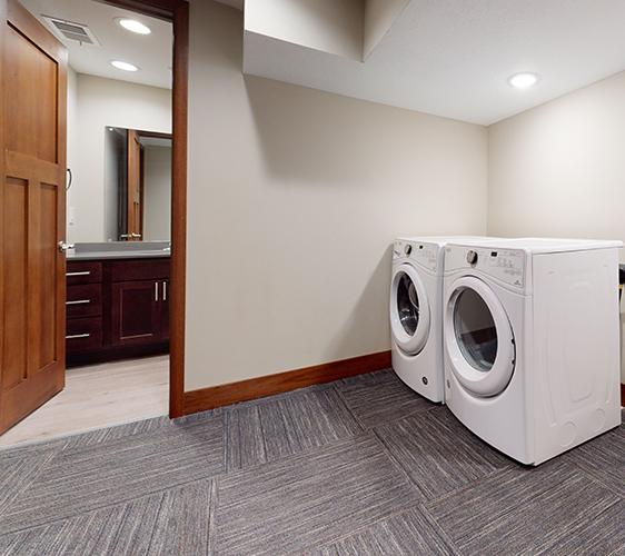 959-17th-Ave-SE-1-Laundry.jpg