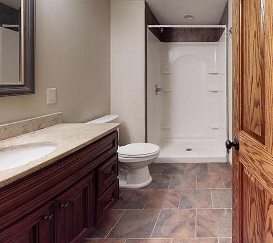 1091-15th-Ave-SE-Bathroom.jpg