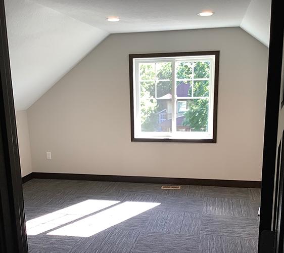1027 13th Ave SE Bedroom 2.jpg