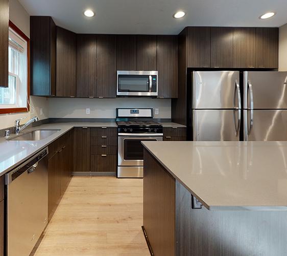 1078-18th-Ave-SE-2-Kitchen.jpg