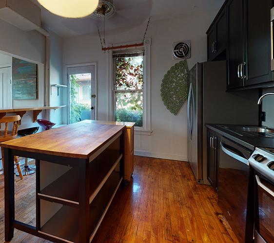 1409-5th-ST-SE-3-Kitchen.jpg