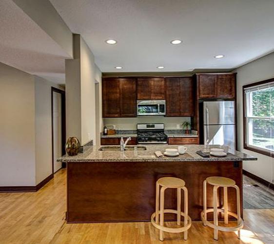 924 18th Ave SE Kitchen.JPG