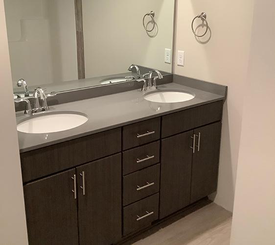 1027 13th Ave SE Bathroom.jpg