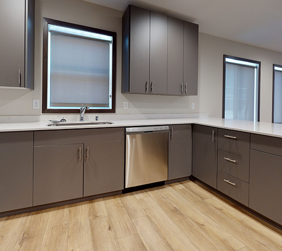 609-12th-Ave-SE-2-Kitchen(1).png