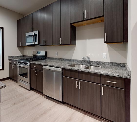 505-8th-St-SE-2-Kitchen(1).jpg