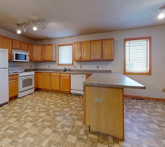 412-4th-St-SE-Kitchen.jpg
