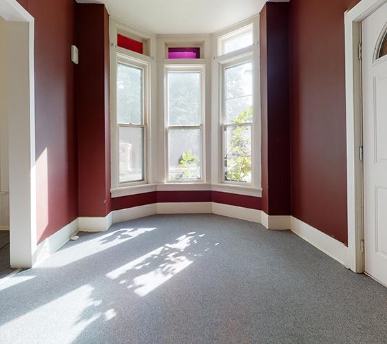 701-6th-St-SE-Living Room.jpg