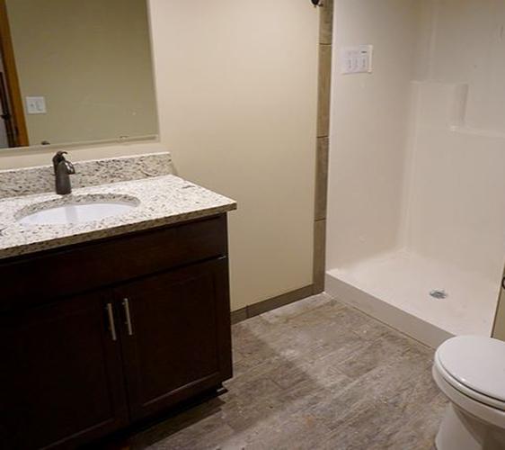 1310 8th St SE Bathroom.JPG