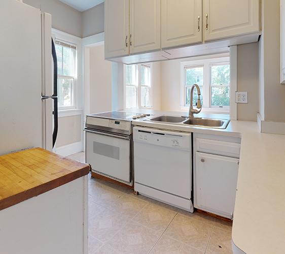 1042-20th-Ave-SE-Kitchen.jpg
