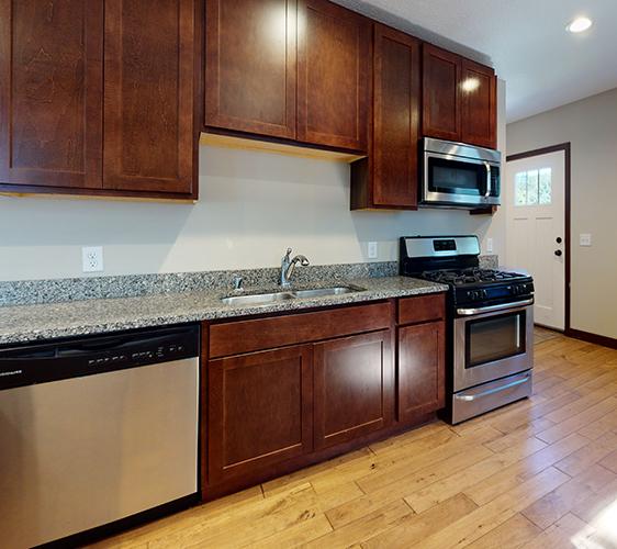 876-19th-Ave-SE-Kitchen.jpg