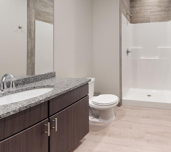 505-8th-St-SE-2-Bathroom(3).jpg