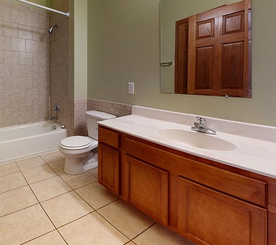 1015-7th-St-SE-2-Bathroom Cropped.jpg