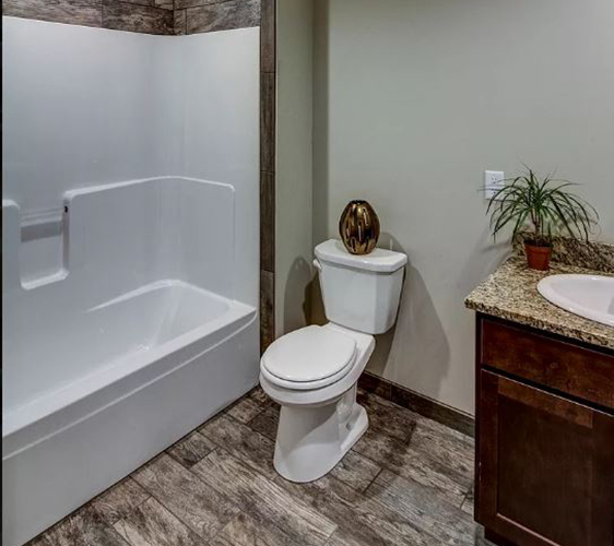 913 22nd Ave SE Bathroom 2.JPG