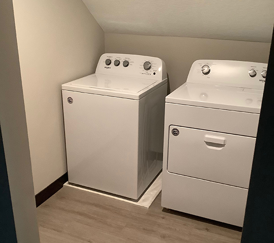 1027 13th Ave SE Laundry.jpg