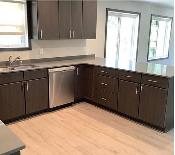 879 23rd Ave SE Kitchen.jpg