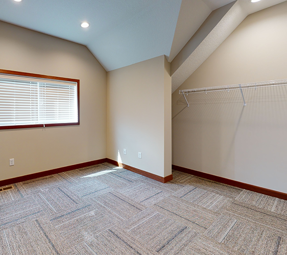 917-6th-Burrows-Unfurnished(2).png