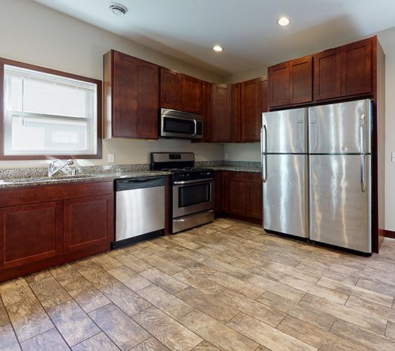 895-20th-Ave-SE-Kitchen.jpg