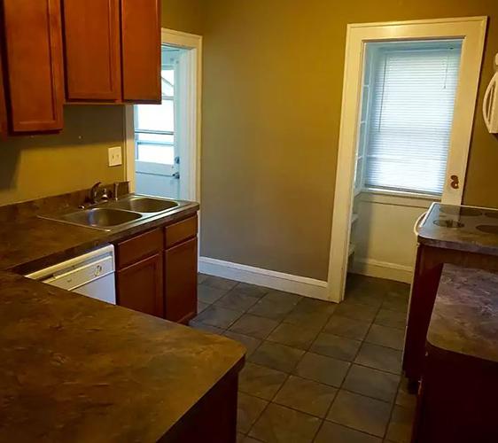 854 22nd Ave SE Kitchen.JPG