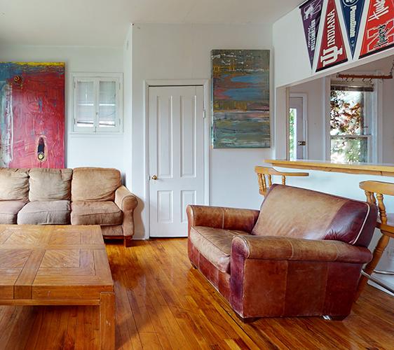 1409-5th-ST-SE-3-Living-Room.jpg