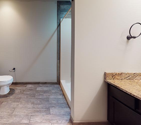 1018-16th-Ave-Lower-Unit-Bathroom(1) ropped.jpg