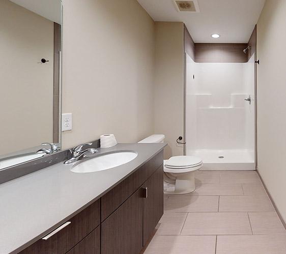 806-12th-Ave-Upper-Bathroom(1).jpg